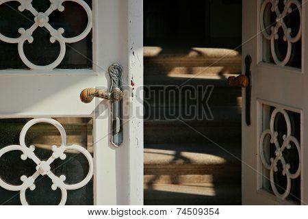 Entrance into the home