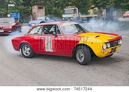 Vintage Racing Car Alfa Romeo Gtv 2000