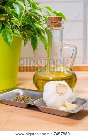 Garlic, spices and olive oil