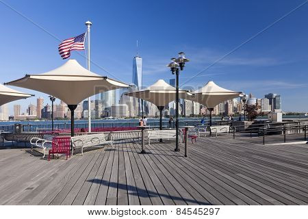 Jersey City, Usa - J.owen Grundy Waterfront Park