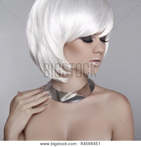 Beauty Blond Girl Portrait With Smoky Eyes, Long Eyelashes. Makeup, White Short Hair Style. Jewelry.