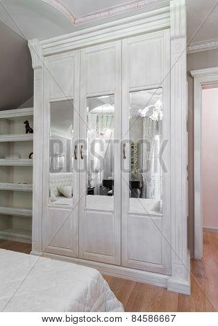 White Wooden Wardrobe With Mirrors