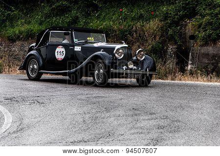 old car BENTLEY 3,5 Litre 1935 mille miglia 2015