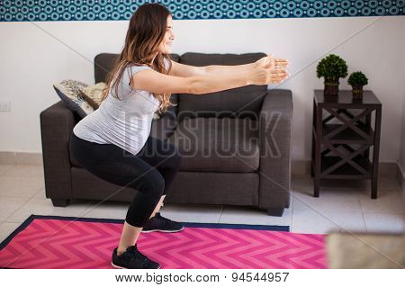 Doing Squats While Pregnant