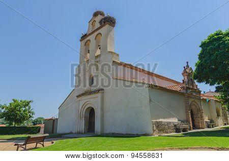 Ermita De Sta Maria De La Cabeza