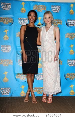 LOS ANGELES - JUN 25:  Candice Patton, Emily Kinney at the 41st Annual Saturn Awards Press Room at the The Castaways on June 25, 2015 in Burbank, CA