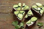 picture of cilantro  - Sandwich with cream cheese - JPG