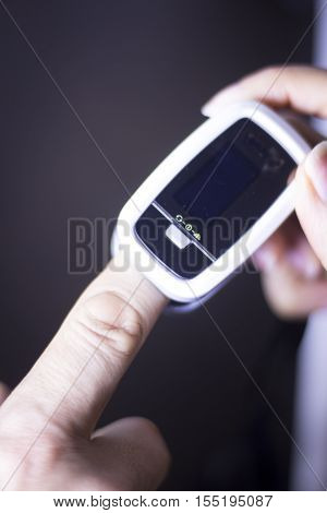 Cardiac Mini Finger Pulse Meter