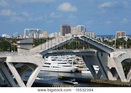 Fort Lauderdale 17th Street Causeway Bridge