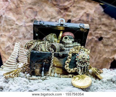 pirate and treasure, dangerous concept and idea