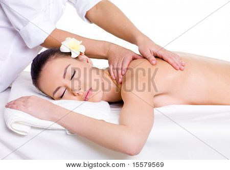Massage auf Schulter für Mädchen