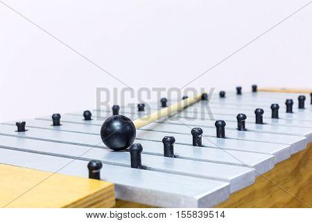 The Close Up Metallophone