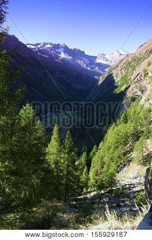 landscape of a valley in gran paradiso national park