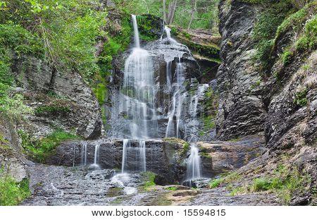 Dingmans Falls In Pennsylvania
