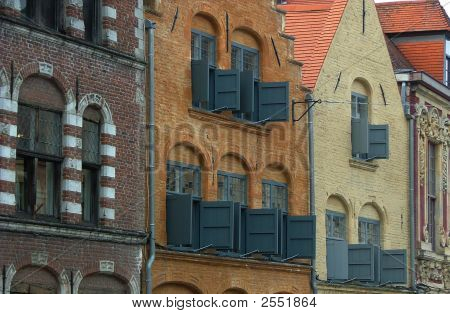 Lille Houses