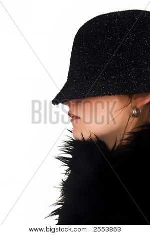 Incognito Woman - Profile