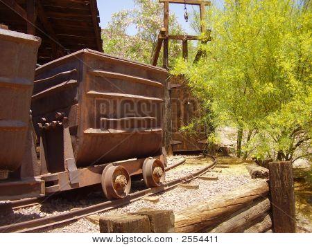 Old Mine Track