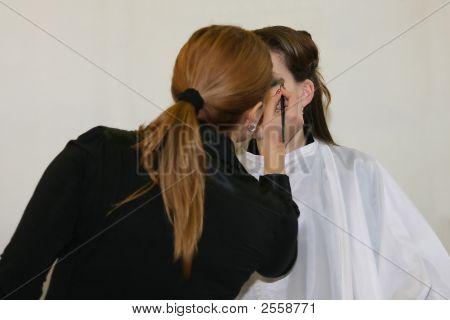 Creating Make-Up