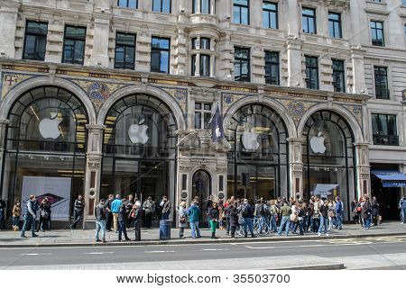 Apple Store, London