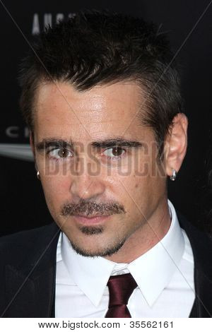 LOS ANGELES - AUG 1:  Colin Farrell arrives at the