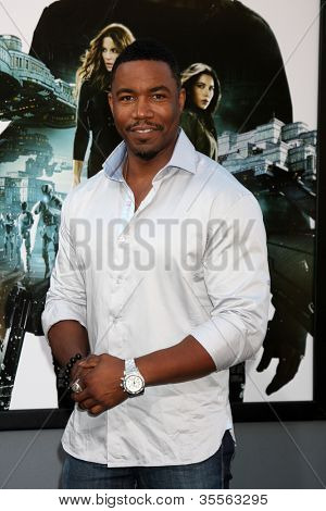 "LOS ANGELES - AUG 1:  Michael Jai White arrives at the ""Total Recall"" Premiere at Graumans Chinese Theater on August 1, 2012 in Los Angeles, CA"