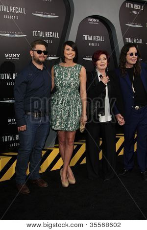 LOS ANGELES - AUG 1:  Jack Osbourne, Lisa Stelly, Sharon Osbourne, Ozzy Osbourne at the Los Angeles Premiere of 'Total Recall' at Grauman's Chinese Theater on August 1, 2012 in Los Angeles, California