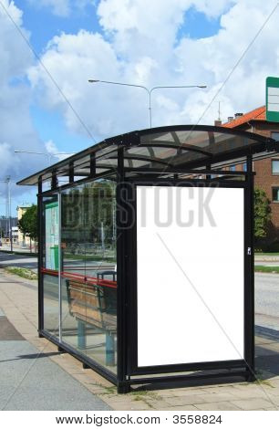 Parada de autobús en blanco Bilboard Hdr