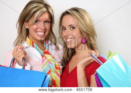 Einkaufsmöglichkeiten Mädchen