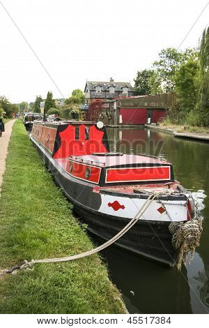 Barge Grand Union Canal Berkhamsted