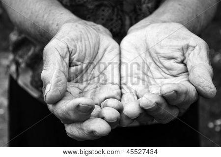 Viejas manos