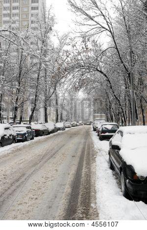 Street,snowfalli,one