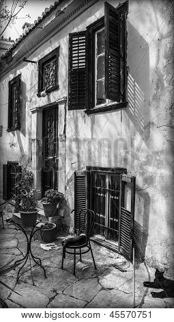 old house black and white