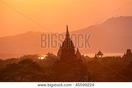 Sunset in Bagan Burma(Myanmar)