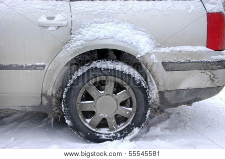 Winter car driving