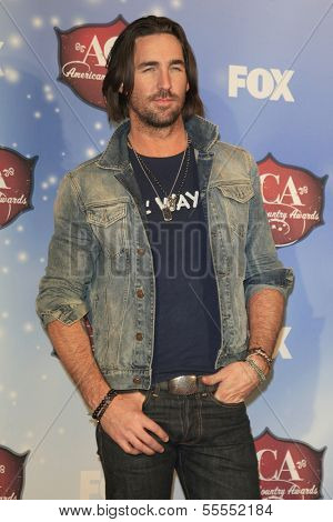 LAS VEGAS - DEC 10:  Jake Owen at the 2013 American Country Awards Press Room at Mandalay Bay Events Center on December 10, 2013 in Las Vegas, NV
