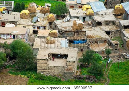 Small Indian Village Hidden In Himalaya Mountains