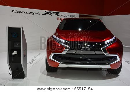 Mitsubishi Concept Xr At The Geneva Motor Show