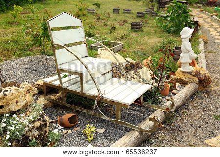 Decorative figure for garden design, outdoors