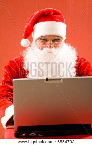 Santa And Laptop
