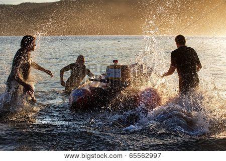 Australian lifesavers practice their drills
