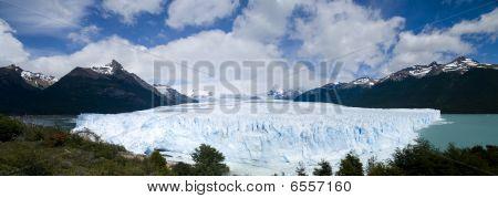 Perito Moreno Glacier - Panorama