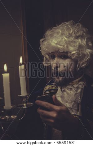 Mobile Selfie, man with white wig and candlestick nineteenth century