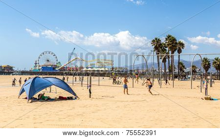 SANTA MONICA, USA - SEP 19: Unidentified people do sports in Santa Monica, CA on September 19, 2013. Santa Monica is a beachfront city in western Los Angeles County, California, United States.