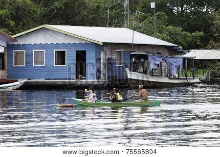 MANAUS, BRAZIL - CIRCA JAN 2014: Floating houses in Manaus, Amazon, Brazil