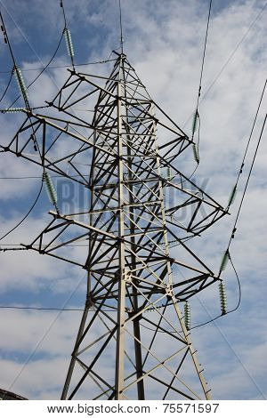 Electric pylon with wires