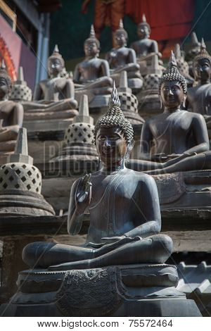 Buddha Statues And Small Stupas In Gangaramaya Temple.