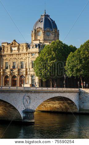 Paris Commercial Court Monument And Pont Au Change By The River Seine