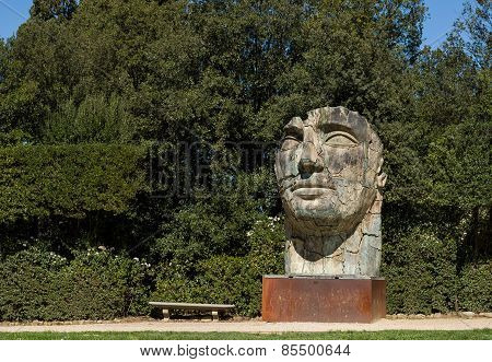 Sculpture Tindaro Screpolato By Igor Mitoraj In Boboli Gardens