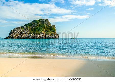 Beautiful rocky islands near Cat Ba, Vietnam