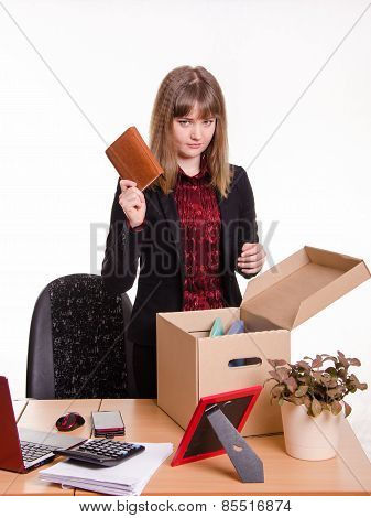 Dismissed Girl Office Throws A Notebook In Box